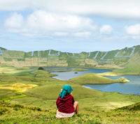 Uma paisagem de cortar a respiração que convida à contemplação.
